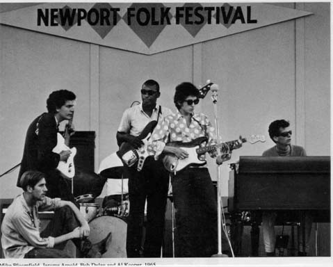 Bob-Dylan-at-Newport-1965
