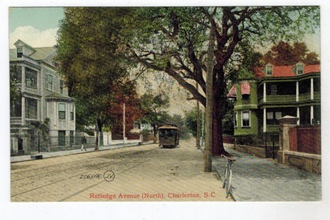 Trolley-On-Rutledge-Avenue-North
